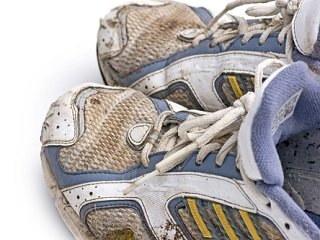 file_168175_0_running_shoes