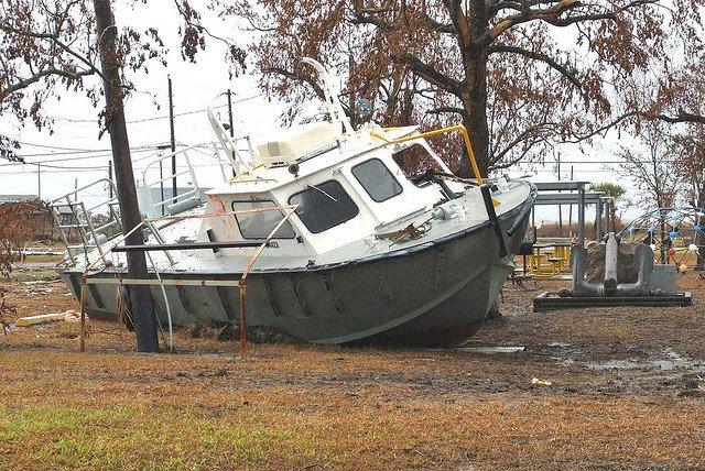 boat-storm