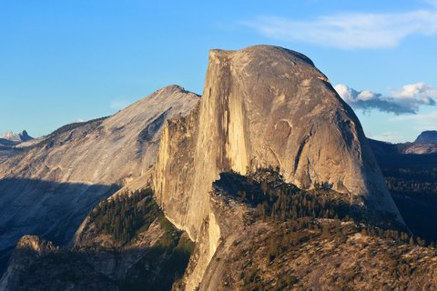 Rock Climber Scales Yosemite's El Capitan for 100th Time