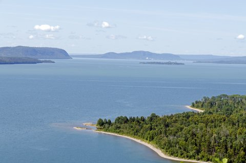 4 Popular Islands for Camping on the Great Lakes