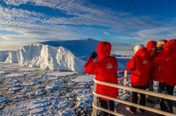 nat-geo-iceberg