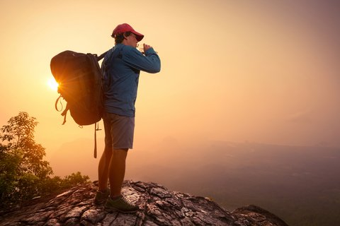 hiker solo