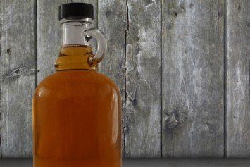 How to Make Your Own Maple Syrup