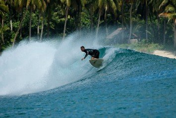 5 the Best Surf Spots on the Planet