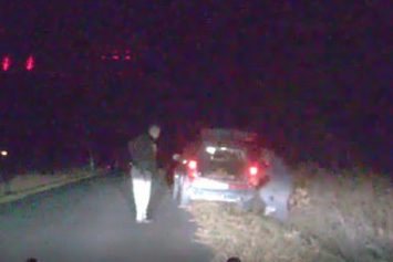 See The Surprise One Man Got After Picking Up Roadkill